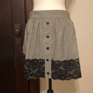 North face skirt , black and white skirt